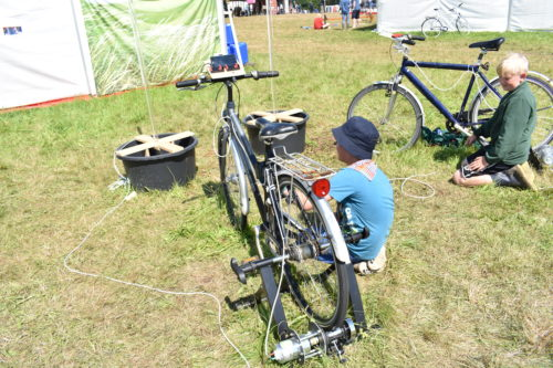 Cykel med nyt formål som generator. Foto: Hjalte Andersen.